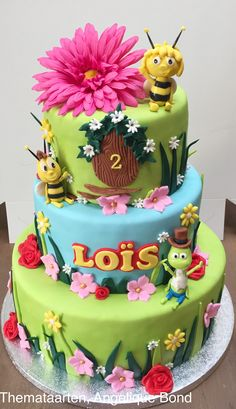 Maya the bee cake made by Angelique Bond from The Netherlands