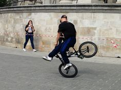 BMX entertainer http://streets-united.com/blog/bmx-trickster/