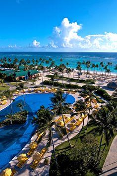 Ocean Blue By H10   Punta Cana, Republique Dominicaine  Situé à proximité du terrain de golf White Sands, ce magnifique complexe offre une panoplie d'options pour tout type de voyageur.