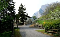 aldea de maienfeld de swiss heidi wallpaper