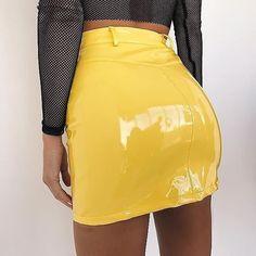 The brighter the better ⚡️⚡️ The 'Jagger' skirt in yellow 💛 Pvc Skirt, Latex Skirt, Dress Skirt, Leather Mini Skirts, Leather Dresses, Yellow Leather Skirt, Skirt Fashion, Fashion Outfits, Womens Fashion