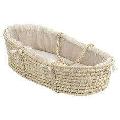 Moses Basket with Gingham Bedding - Montessori baby