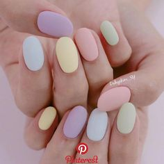 If you like pastel nails and nail designs, if you choose to have beautiful hands, this is your place. Here you can see the best designs and pastel nails to get ideas. Chic Nail Art, Chic Nails, Classy Nails, Stylish Nails, Simple Nails, Trendy Nails, Summer Acrylic Nails, Best Acrylic Nails, Minimalist Nails