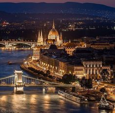 Night view ~ Budapest, Hungary Places To Travel, Places To See, Travel Destinations, Europe Photos, Travel Photos, Hungary Travel, Most Beautiful Cities, Wonderful Places, Travel Abroad