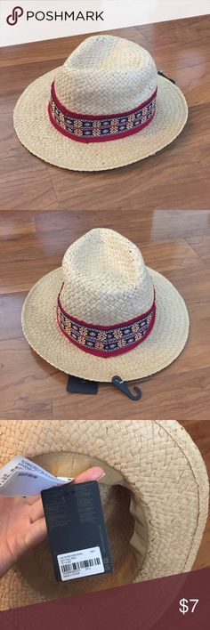 🏖NWT forever 21 straw hat🏖 brand new with tags 💌 i ship within 1-2 business days. 💖 fast response! tags: brandy melville unif dollskill asos boohoo urban oufitters silence and noise pacsun adidas nike american apparel grunge 90s Forever 21 Accessories Hats