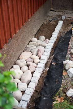 Garden Fence Art, Diy Garden Bed, Garden Edging, Garden Paths, Garden Seat, Garden Care, Garden Structures, Garden Stones, Garden Planning