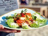 Caesar Salad mit gekapertem Ofenhuhn Rezept | LECKER Caesars Salad, Berry, Tacos, Mexican, Ethnic Recipes, Food, Popular Recipes, Essen, Bury