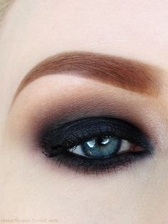 eye makeup | smokey eyes for blue eyes