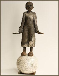 Galerie Joelle Gervais - Garçon en équilibre
