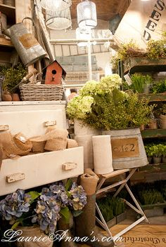 LaurieAnna's Vintage Home: New Gardening Essentials + Giveaway!