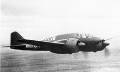 Mitsubishi Ki-46 'Dinah' Mitsubishi Ki-46 'Dinah'. T
