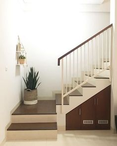 55 super design for modern stairs models collections 46 Interior Railings, Interior Stairs, Home Interior, Modern Interior, Minimalist House Design, Small House Design, Minimalist Home, Modern Stair Railing, Modern Stairs