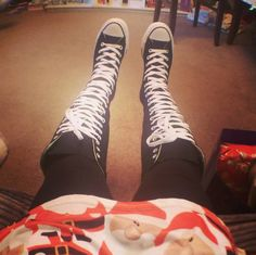 129ddcbbd00 Day 7 at a party with my black knee high converse and leggings and Long  shirt