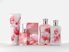 Floral Fantasy Packaging : Bath and Body Works