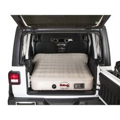 Now you can be assured to have a comfortable night's sleep or a good place to take a break with the AirBedz Inflatable Air Mattress. This heavy-duty inflatable air mattress is designed to fit inside the Jeep, with the seats folded down or removed. Jeep Wranglers, Jeep Wrangler Camping, Jeep Wrangler Interior, Accessoires De Jeep Wrangler, Accessoires Jeep, Jeep Wrangler Accessories, Jeep Patriot Accessories, Cool Jeep Accessories, Vehicle Accessories