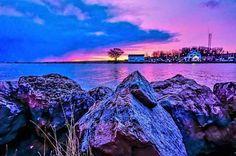 Pink skies on Lake Ontario #ROC  Photo by Nora. #ThisIsROC #RochesterNY #LakeOntario
