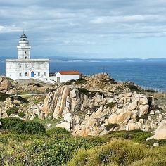 Leuchtturm am Capo Testa Lighthouse, Paris Skyline, Ocean, Beach, Nature, Instagram Posts, Travel, Italia, Mediterranean Sea