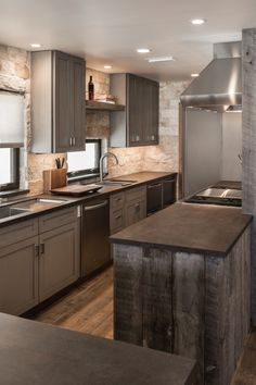 29 Easy Kitchen plans you should create for your home Rustic Kitchen Design, Home Decor Kitchen, Home Kitchens, Kitchen Ideas, Modern Kitchens, Kitchen Designs, Diy Kitchen, Home Modern, Mid-century Modern