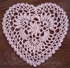 Easy Crochet Doily Patterns Lovely Pretty And Easy Crochet Doily For Beginners Bored Art Of Easy Crochet Doily Patterns Crochet Doily Patterns, Crochet Squares, Thread Crochet, Crochet Granny, Crochet Designs, Crochet Crafts, Crochet Doilies, Crochet Flowers, Easy Crochet