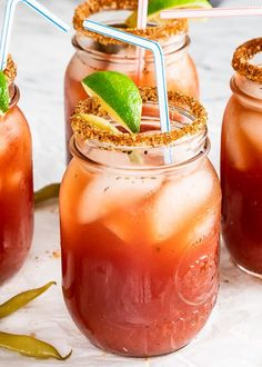 This cocktail is a Classic Canadian Caesar Recipe perfect for brunch or to cure a hangover. This cocktail consists of vodka clamato juice spices and a few secret ingredients similar to a Bloody Mary but better! Spicy Drinks, Fruit Drinks, Smoothie Drinks, Yummy Drinks, Smoothie Recipes, Alcoholic Beverages, Smoothies, Caesar Cocktail, Cocktail Drinks