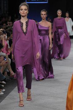 Marcos Luengo S/S 16 – MFSHOW Source by monicacarolamit cerimonia Love Fashion, Runway Fashion, Womens Fashion, Oriental Fashion, Indian Designer Wear, Mode Inspiration, Indian Wear, Dress Patterns, Designer Dresses