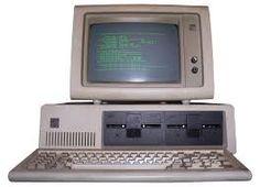 """La primera computadora personal del mundo  La computadora personal israelí fue elaborada a mediados de los años '70, mucho antes de que IBM lanzara la suya. Un empleado de la empresa Elbit, el ingeniero Dani Zohar (ya fallecido), creó a """"Daisy"""", programada y armada totalmente en Israel. Pero esa computadora se adelantó a su tiempo, el mundo no estaba aún preparado para ella."""