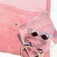 JAR Ruby Gold Matching Rings image 2 Jewels by JAR #jarparis #jar #joelarthurrosenthal #jewelsbyjar #jarjewelry #jarjewels #LucDanto