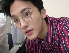 Appreciating the little things about Mark Lee Mark Lee, K Pop, Nct 127 Mark, Ntc Dream, Lee Min Hyung, Jung Jaehyun, Fandoms, Wow Art, Wattpad