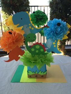 Dinosaurs Centerpieces made with Cricut Critter cartridge Dinosaur prehistoric party