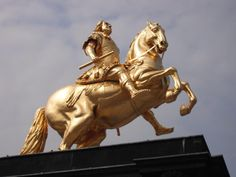 Goldener-Reiter1.jpg (1200×900)