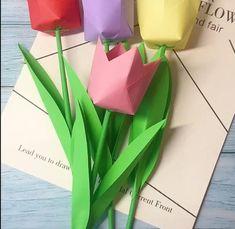 Instruções Origami, Cute Origami, Origami Paper Art, Hand Crafts For Kids, Toddler Crafts, Easy Paper Crafts, Diy Arts And Crafts, Halloween Crafts, Christmas Crafts