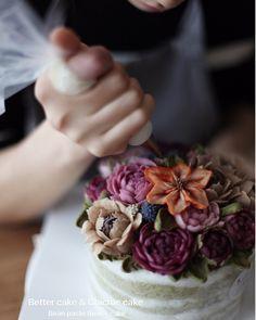 Done by my student - Beanpaste rice flower cake   Any inquiries about BETTER CLASS Mailbettercakes@naver.com Linebetter_cake FacebookBetter Cake Kakaotalkbettercake  #buttercream#cake#베이킹#baking#bettercake#like#버터크림케익#베러케이크#cupcake#flower#꽃#sweet#플라워케익#koreabuttercream#wilton#앙금플라워#디저트#buttercreamcake#dessert#버터크림플라워케이크#follow#떡케익#koreancake#beautiful#윌튼#instacake#꽃스타그램#앙금플라워떡케익#instafood#flowercake