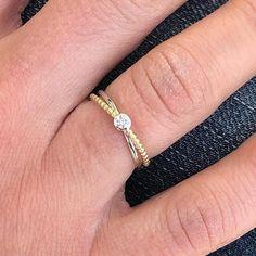 Bague en or 2 tons avec diamant Minimalist Jewelry, Bracelets, Fashion, Bangle Bracelet, Jewelry Ideas, Diamond, Moda, Fashion Styles, Bracelet