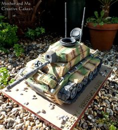 Tank cake For all your cake decorating supplies please visit