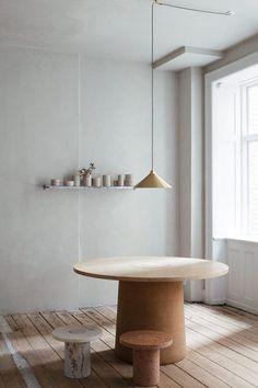 Interior Design Addict: Take the look: Frama Studio Store in Copenhagen via Krone Kern Decor Scandinavian, Scandinavian Interior Design, Home Interior, Modern Interior Design, Interior Styling, Interior Decorating, Furniture Decor, Furniture Design, Furniture Removal