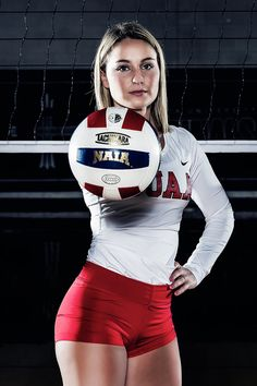 Sport Photography Poses Volleyball 55 Ideas – From Parts Unknown Volleyball Team Photos, Volleyball Poses, Volleyball Senior Pictures, Volleyball Outfits, Volleyball Workouts, Women Volleyball, Volleyball Uniforms, Softball Players, Athletic Women