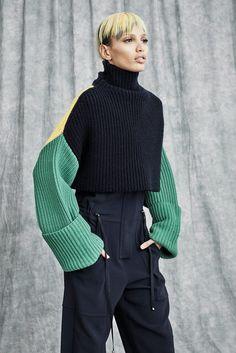 Victor Alfaro | Resort 2017 Collection | Vogue Runway