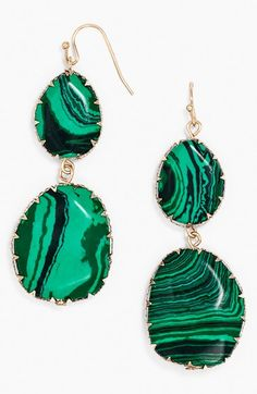 love these bright #gree drop earrings http://rstyle.me/n/npds5r9te