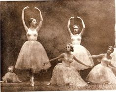 4-Ballerinas-Dance-Form-8x10-B-W-HENDRICKSON-PHOTO-Original-Artists-Studio-D20