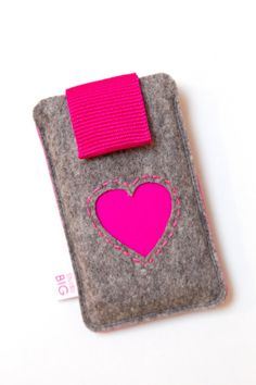 iPhone case with snap closure customized to fit any smartphone - DUO
