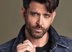 One of the most famous and highest-paid Indian actor Hrithik & The post Hrithik Roshan Age, Height, GF, Wife, Biography & More appeared first on BioExposed. Bollywood Actors, Bollywood News, Bollywood Celebrities, Bollywood Saree, Bollywood Fashion, Indian Celebrities, Famous Indian Actors, Indian Actresses, Hrithik Roshan Hairstyle