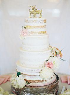 Photography : Brett Heidebrecht | Cake : Adorn Cakes | Venue : The Hawthorne House