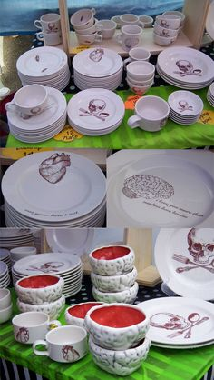 Brain Bowls by folded_pigs_ceramics I want these! !!!!!!!!