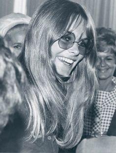 Jean Shrimpton in octagon glasses