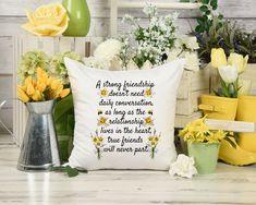 Long Distance Friendship, Long Distance Relationship Gifts, Long Distance Gifts, Relationship Quotes, Friend Birthday Gifts, Best Friend Gifts, Gifts For Friends, True Friends, Sister Gifts