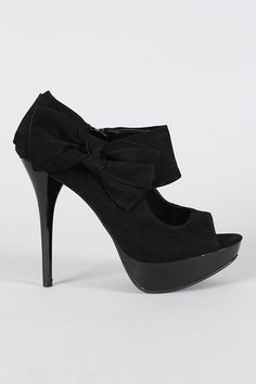 I want shoes like these, SO bad.