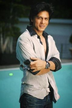 I want to push him in the pool and then dive in after! Shahrukh Khan, Bollywood Stars, King Club, Bomber Jacket, Rain Jacket, Sr K, Star Wars, My Big Love, King Of Hearts
