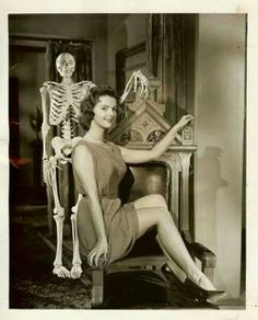 I still love this Vincent Price classic. Love. Love. Love. Carolyn Craig, House on Haunted Hill