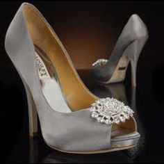 Absolutely adore the snazzy wedding and reception shoes. See more at, http://www.photographyinstyle.com