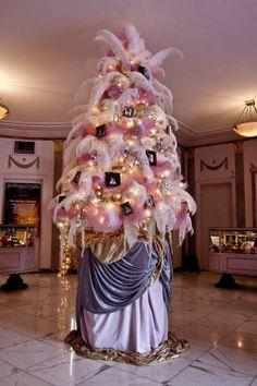 Dr. Christmas - Fantasy & Custom Christmas Tree Gallery